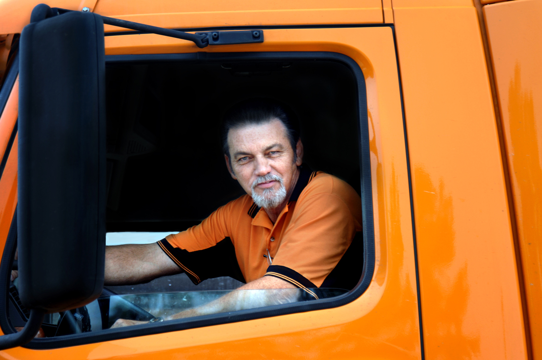 shutterstock_trucker